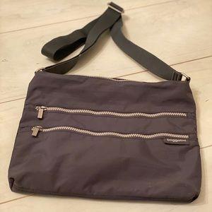 Baggalleni Grey Crossbody Bag